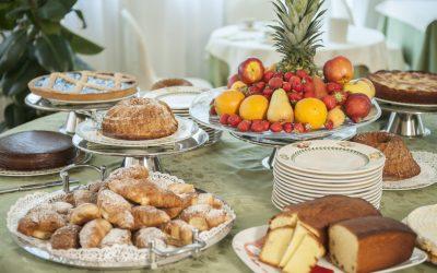 Fruits et gâteaux