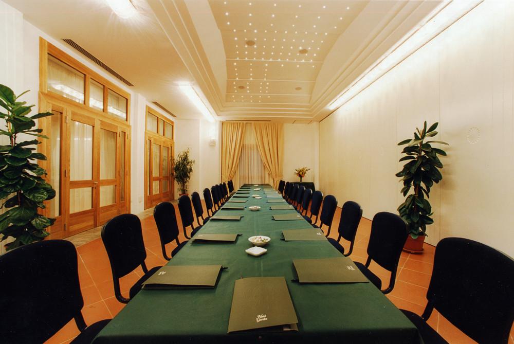 Salle des Mimosas intérieur