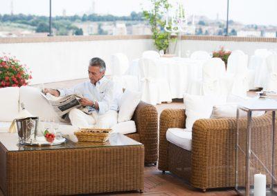 Sofa in terrazza